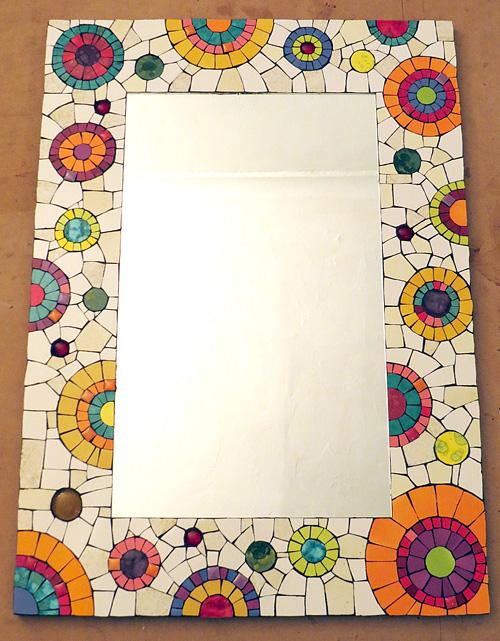 Espejos con mosaicos taller mosaik for Imagenes de pisos decorados